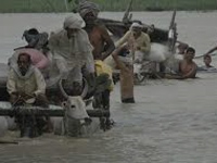 Flood cuts off 400 Bahraich villages from country